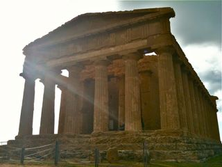10agrigento Temples 8 ill