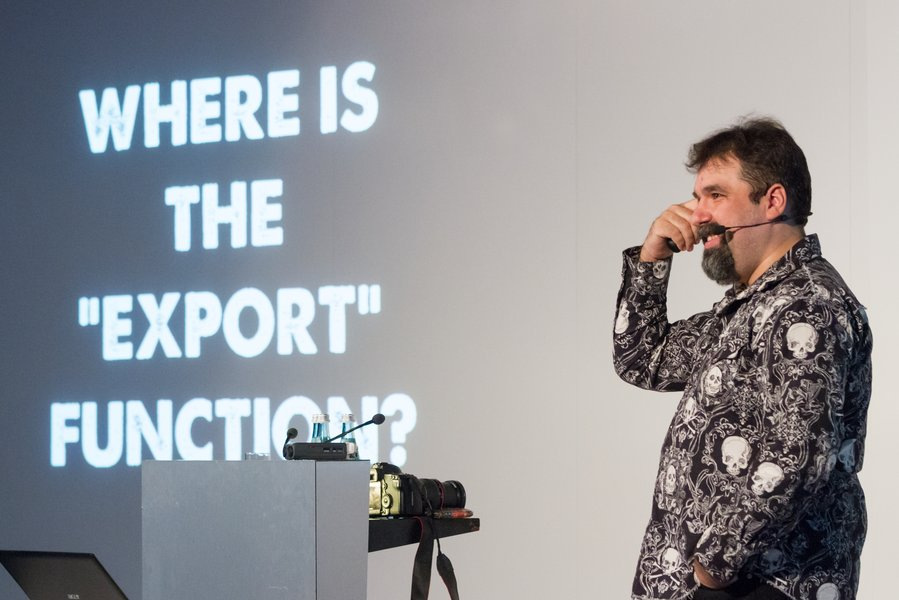 Jason Scott presenting